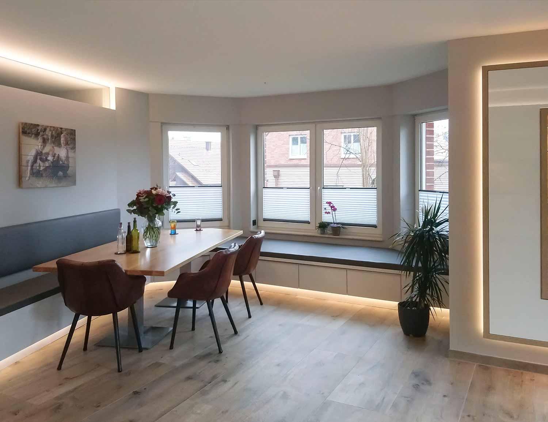 Einrichtung für Wohnzimmer, Esszimmer, Küchen